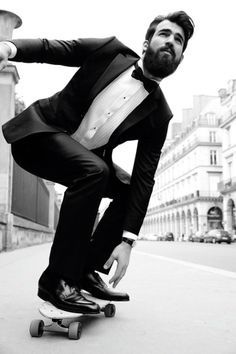 """universeofchaos: """"preludetoreality: """"Black Tie Skate More """" Gentleman style """" Backstage Mode, She And Her Cat, Look Skater, Skater Style, Mode Hipster, Suit And Tie, Gentleman Style, Style Blog, Bearded Men"""