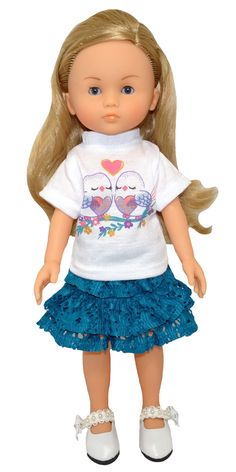 This is such a pretty little outfit with love birds on the t-shirt and teamed with a lovely teal layered skirt. Girl Doll Clothes, Girl Dolls, American Girl Wellie Wishers, Wellie Wishers Dolls, Layered Skirt, Pretty Little, Skirt Set, Teal, Birds