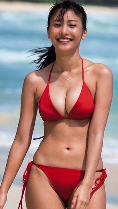 Hot Bikini, Bikini Girls, Looks Pinterest, Cute Asian Girls, Beautiful Asian Women, Bikini Models, Asian Beauty, Beautiful Curves, Boobs
