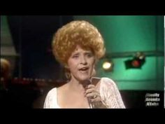 Christmas without Brenda Lee? : - ) Lyrics:Silver bells, silver bells It's Christmas time in the city Ring-a-ling, (ring-a-ling) hear them ring (tin.