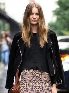 Model-Off-Duty Style: Get Tilda Lindstam's Printed Skirt Look for Fall