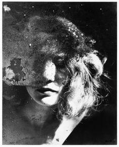 Portrait dans un Miroir (Portrait in a Mirror) - Gelatin silver print - Raoul Ubac - c. 1938
