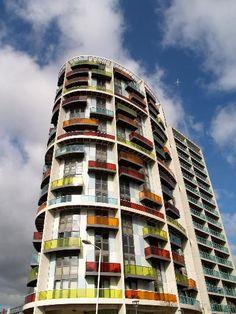 Icona Building, Warton Road, London, but Stock Woolstencroft using Hueck Aluminium Stunning Photography, Pisa, London, Architecture, Building, Travel, Arquitetura, Viajes, Buildings
