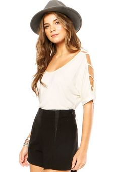 Blusa DAFITI JOY Tiras Off-white - Marca DAFITI JOY