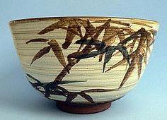 Tea Bowl The Mingei- Japanese Tea Ceremony (item detailed views) Japanese Tea Cups, Japanese Vase, Japanese Ceramics, Japanese Pottery, Japanese Style, Matcha, Bamboo Art, Bamboo Leaves, Hand Thrown Pottery