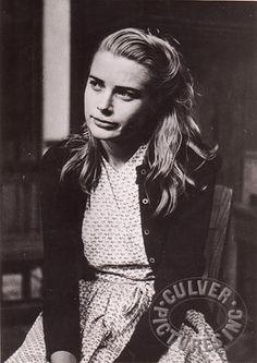 Grace Kelly, when in summer stock, Elitch's Garden, Denver CO, (1951)