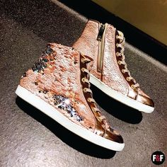 Obsessed with this #LiuJo sneakers! #sneakers #shoes #fabulous #fashion #musthave #gliter