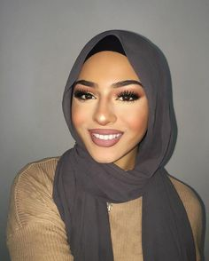 hijab-beauties - Another! Hijabi Girl, Girl Hijab, Hijab Outfit, Mode Turban, Turban Hijab, Islamic Fashion, Muslim Fashion, Hijab Makeup, Hair Makeup