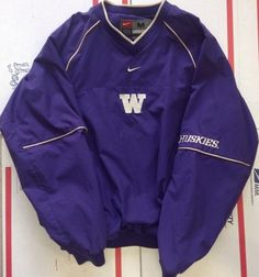Huskies football pull over