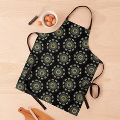 Black Tie, Green And Gold, Print Design, Apron, Women's Fashion, Printed, Chic, Awesome, Pattern
