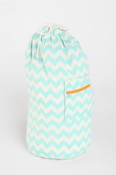 Assembly Home Zigzag Over-The-Shoulder Laundry Bag. I feel like I need this. #urbanoutfitters #smallspaces