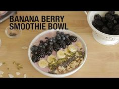 Banana Berry Smoothie Bowl | The Beachbody Blog