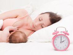 Wie oft stillen ? .. Tipps zum erfolgreichen Stillen: Stillhäufigkeit ..  HIER LESEN: http://www.mamiweb.de/familie/wie-oft-stillen-tipps-zum-erfolgreichen-stillen/1  #stillen #babymilch #muttermilch #milch #babynahrung #routine #babyritual #hungrig #hunger #baby #babys #säugling