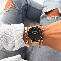 High Quality & Stylish Watches -The Paul Valentine, Pearl Rose Gold Mesh. Featuring Rose Gold Stainless Steel & one of the finest stainless steel Mesh straps Trendy Watches, Elegant Watches, Cool Watches, Nixon Watches, Pearl Rose, Rose Gold, Sneaker Outfits, Accesorios Casual, Sneakers Mode