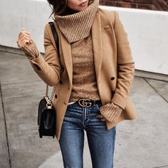 the perfect fall outfit - turtleneck, wool blazer and denim
