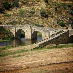 Antiguo puente del Almonte. N-V #lascarreterasdeextremadura