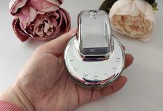 Hace tiempo que buscaba un buen perfume y al final me terminé decidiendo por el perfume Bvlgari Omnia Crystalline, una fragancia femenina que cuenta con un envase para mi gusto un tanto raro y original, es decir, no es el típico perfume con el envase cuadrado en este caso tiene un diseño que no deja indiferente a nadie. #perfume #bvlgari #bvlgariomniacrystalline #perfumebvlgari