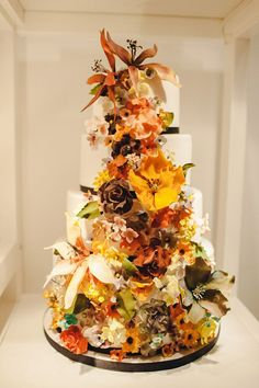 Fall Cake Designs | The Glasgow Wedding Collective. The Lighthouse, Glasgow. Shared by Career Path Design
