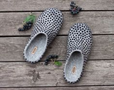 Felted clothing and accessories by AureliaFeltStudio on Etsy Homemade Shoes, Polka Dot Shoes, Felt Shoes, Felted Slippers, Slipper Boots, Black Rubber, Womens Slippers, Ciabatta, Black Shoes