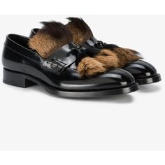 Prada Black Fur Tassel Loafers (4.245 RON) ❤ liked on Polyvore featuring men's fashion, men's shoes, men's loafers, black, mens loafer shoes, prada mens shoes, mens black shoes, mens black loafers shoes and mens fur lined shoes