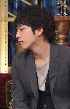 二宮和也.............OMG, he's so hot!!! :D