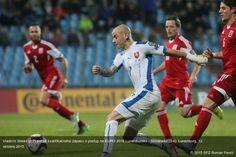 Vladimír Weiss (č.7) počas kvalifikačného zápasu o postup na EURO 2016 Luxembursko - Slovensko (2:4). Luxemburg, 12. októbra 2015.