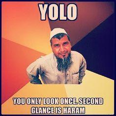 halal jokes - Google Search Desi Humor, Desi Jokes, Arabic Jokes, Arabic Funny, Funniest Pictures Ever, Funny Pictures, Funny Puns, Hilarious, Arab Problems