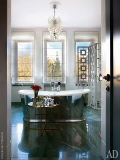 for those who love swoon-worthy interiors with a modern glam POV Interior Design Elements, Decor Interior Design, Interior Design Living Room, Interior Styling, Interior Decorating, Interior Work, Interior Architecture, Space Interiors, Beautiful Bathrooms
