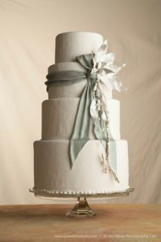 Sage Ribbon Cake - Toni Patisserie http://www.tonipatisserie.com/cakes/#wedding-cakes