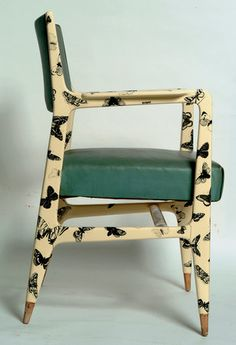 Spring 2014 and 1951 vintage Fornasetti, today the twain shall meet. Gio Ponti and Piero Fornasetti, Farfalle Armchair for Fornasetti Milano, Gio Ponti, New Furniture, Painted Furniture, Furniture Design, Vintage Furniture, Sofas, Piero Fornasetti, Love Chair, Mid Century Chair