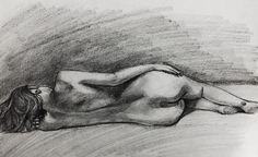 One of the sketch from the last model session. #Charcoal & #graphite  45 min pose