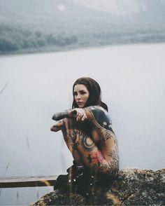 Lelé. Instagram: candelariatinelli. Tattoos
