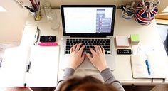Blogueiro – Como ser um Profissional, e quais suas funções? Leia mais>> http://viverdemarketingdigital.com/como-ser-um-blogueiro/