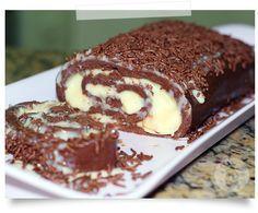 Rocambole ligeiro de chocolate. Fácil e deve ser delicioso!