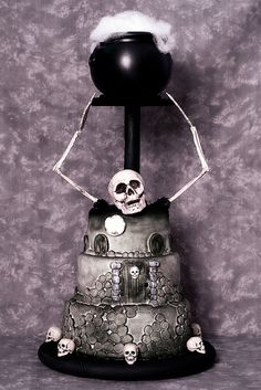 Halloween Skeleton Cake ~ awesome!