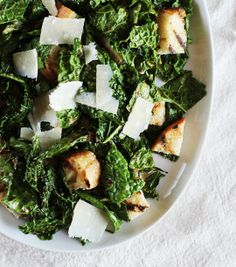 Recipe: Garlicky Grilled Kale Salad with Grilled Bread — Recipes from The Kitchn--this was so stinking good. If you like lemon and garlic, THIS is the best. Grilled Bread, Grilled Chicken, Bread Recipes, Cooking Recipes, Healthy Recipes, Healthy Meals, Diet Recipes, Chicken Recipes, Salads