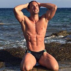 Sur la plage.......