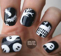 Love Halloween nails!
