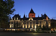 lausanne palace is one of Luxury Hotel Experts 5 Star Hotels. Enter to find the best lausanne spa Deals and Complimentary Amenities Lausanne, Hotels And Resorts, Best Hotels, Switzerland Cities, Geneva Switzerland, Spa, Lake Geneva, Night City, Best Western