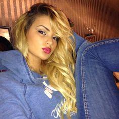 She's too pretty love her hair gorgeous ♥