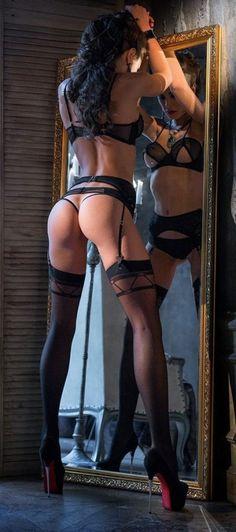 Mirror Mirror Mirage ~ SchoolGirl❤Tart