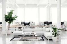 Everlane_Headquarters_Showroom-21