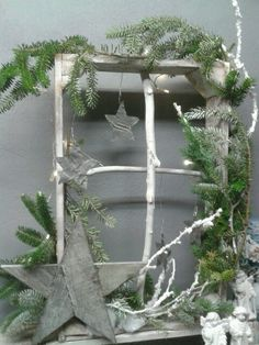 twig window with sprigs of fir and stars twig window with sprigs of fir and stars Primitive Christmas, Country Christmas, Christmas Home, White Christmas, Christmas Wreaths, Christmas Ornaments, Navidad Natural, Advent Candles, Navidad Diy