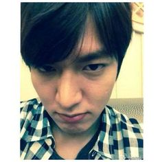 2014 April 11 #SELFIE | Taken prior departure Qingdao #青岛 #CHINA #中国 & on returning Flight to #KOREA #韩国#ActorLeeMinHo #Korean #Actor #LeeMinHo #李敏鎬 #Cute #Kawaii #可爱  Sweet  (Source:  Official SNS of Actor Lee Min Ho | 11 April 2014 | THIS Post: 12 April 2016 (Tuesday) | 2nd Year #Anniversary