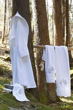 Drap de douche In the forest blanc brodé 70x140 - Sylvie Thiriez