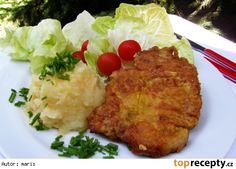 Utopené řízky Mashed Potatoes, Grains, Rice, Ethnic Recipes, Food, Whipped Potatoes, Smash Potatoes, Hoods, Meals