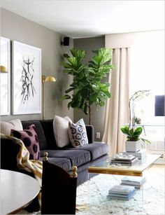 170 Fantastic Small Living Room Interior Ideas for Apartment https://www.futuristarchitecture.com/7916-small-living-rooms.html