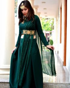 Exclusive wear available online with customisation. Choli Designs, Fancy Blouse Designs, Lehenga Designs, Designer Party Wear Dresses, Kurti Designs Party Wear, Indian Designer Outfits, Mehendi Outfits, Bridal Outfits, Stylish Dresses