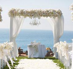Beach Wedding Altars   Silverleaf Wedding DesignsSilverleaf Wedding Designs