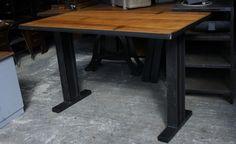table mange debout IPM sur mesure #industriel #métal #bois